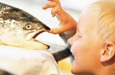 El pescado puede ser perjudicial para el desarrollo de ciertas facultades en los niños pequeños