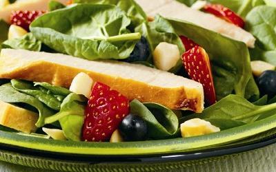 Cuando has cometido excesos una dieta rica en verduras y fruta es lo mejor